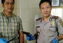 Pria berbadan kekar ditahan
