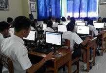 10 SMP Gelar UNBK