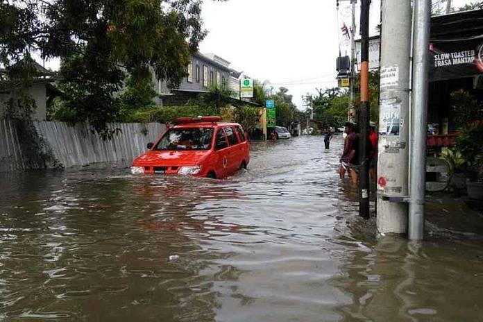 http://www.balipost.com/wp-content/uploads/2018/01/balipostcom_banjir-di-perkotaan-diduga-ini-pemicunya_01-696x464.jpg