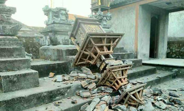 Amlapura Balipost Com Masyarakat Karangasem Dikagetkan Dengan Gempa Bumi Berkekuatan  Sr Minggu  Pagi Durasi Gempa Cukup Lama Hingga Membuat