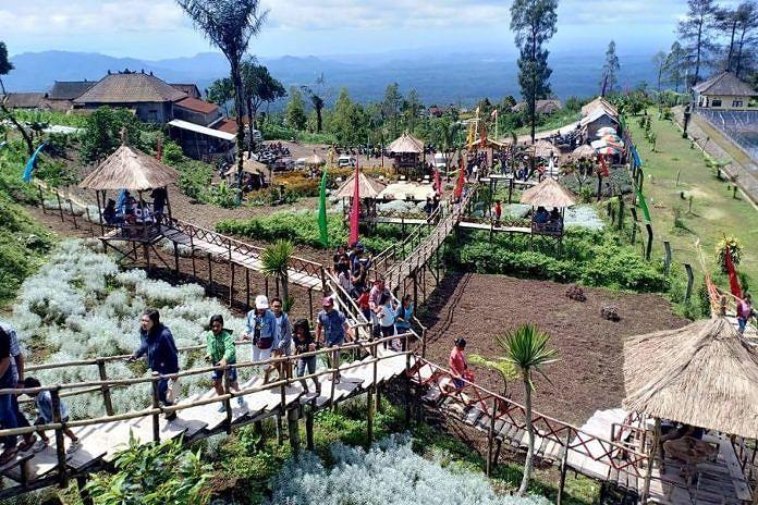 Obyek Wisata Di Karangasem Dipadati Pengunjung Balipost Com